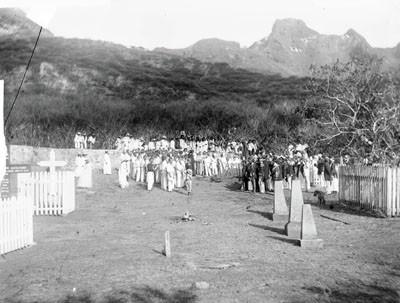 Les funérailles de Otto Larsson au cimetière de Nouka Hiva – Hjalmar Stolpe – 5 mai 1884