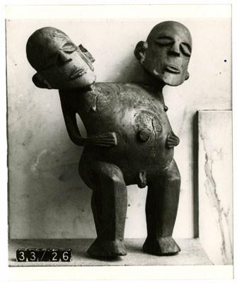 Photographie d'un Ti'i à double tête de Tahiti – British Museum
