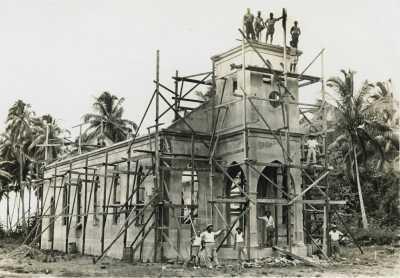 Construction de la nouvelle église de Papenoo (1933)