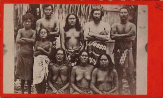 Portrait de groupe aux Tuamotu (1880)