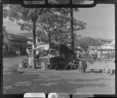 Étales de fruits à Papeete (1952)