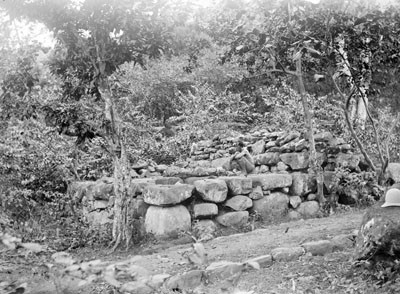 Plateforme en pierre à Taiohae (1884)