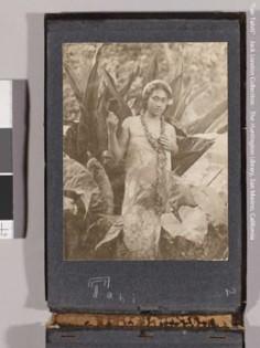 Jeune femme tahitienne en paréo – Collection Jack London (1905)