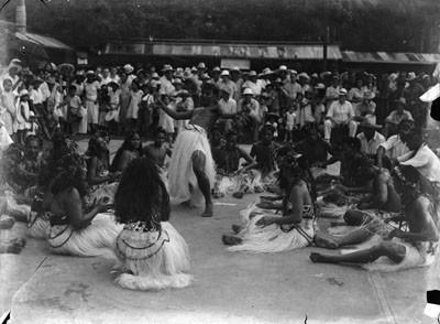 Danseurs tahitiens (1953)