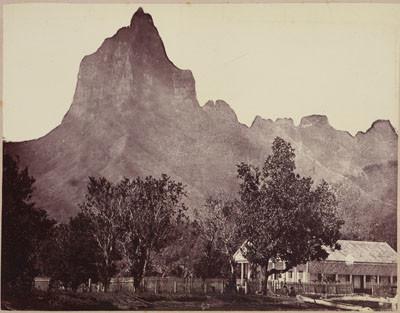 Mont Mouaroa à Moorea (1895)