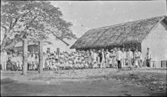 Fête d'église à Poutoru, île de Tahaa (1900)