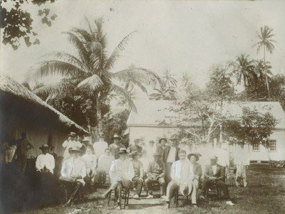 Synode des églises des Iles Sous-le-Vent au temple de Patio, île de Tahaa (1920)