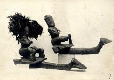 Deux ornements marquisiensen bois sculpté(1950)
