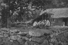 Habitation marquisienne sur un paepae (1919)