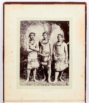 Trois Tahitiens