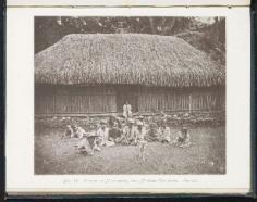 Maison de Mahaena et enfants tahitiens (1880)
