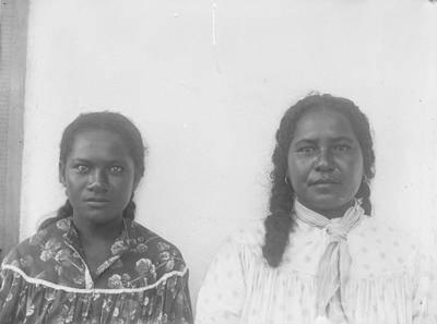 Portrait de deux Marquisiennes de Nuku Hiva (1884)