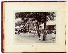 Place du marché à Papeete (1887)
