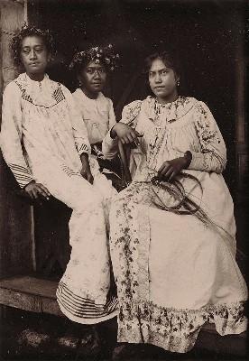 Trois Tahitiennes (1900)