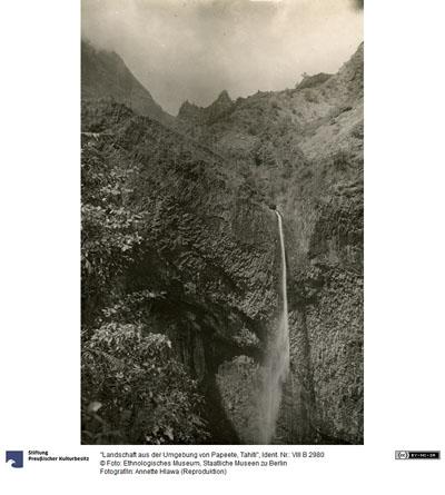 Cascade de la Fautaua, Tahiti (1910)