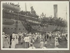 S.S. Orontes en escale à Tahiti (1918)
