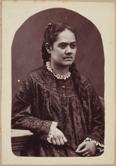 Moe-te-ra-uri a Moe-Tati Maheanu'u-a-Mai (1885)